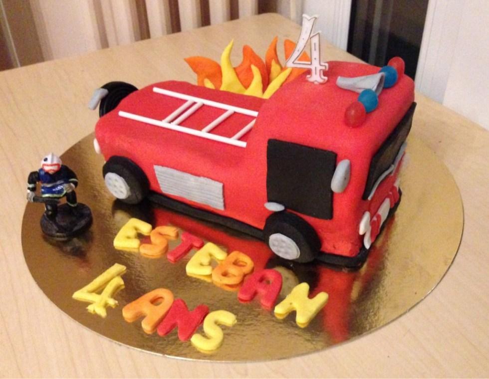 fireman cake gateau pompier