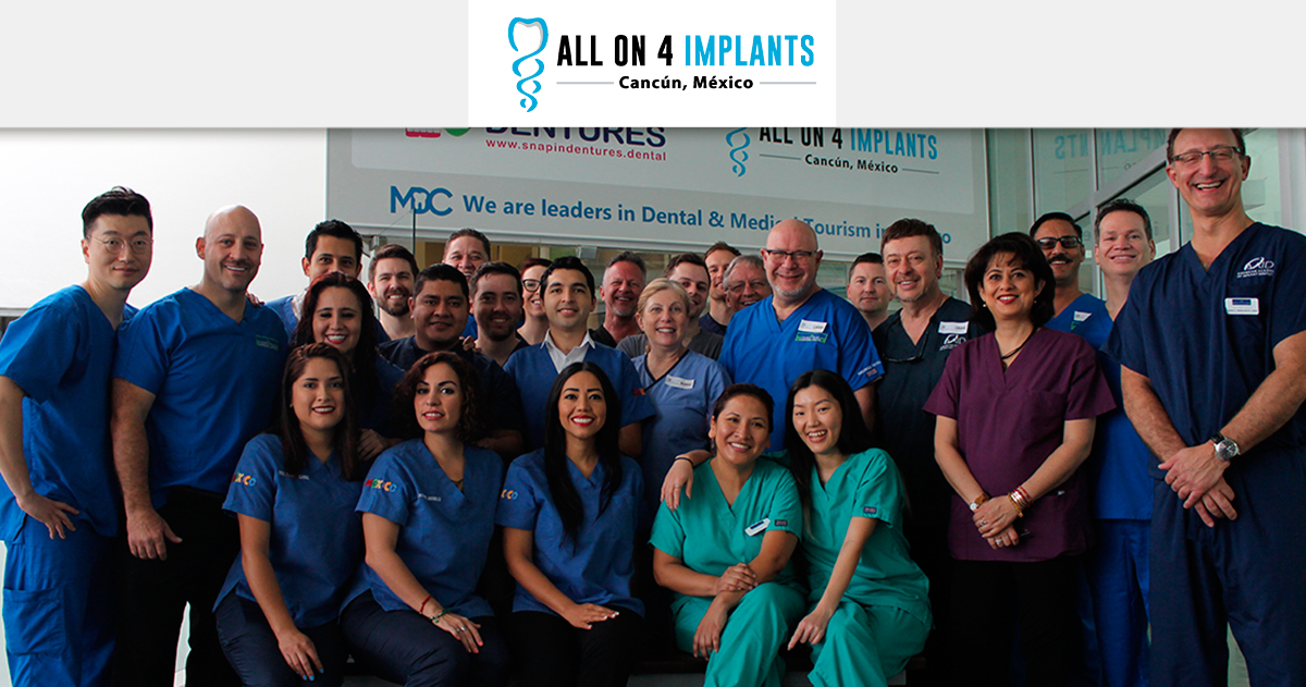 We hosted the 8th Live Implant Surgery Maxicourse in Cancun!