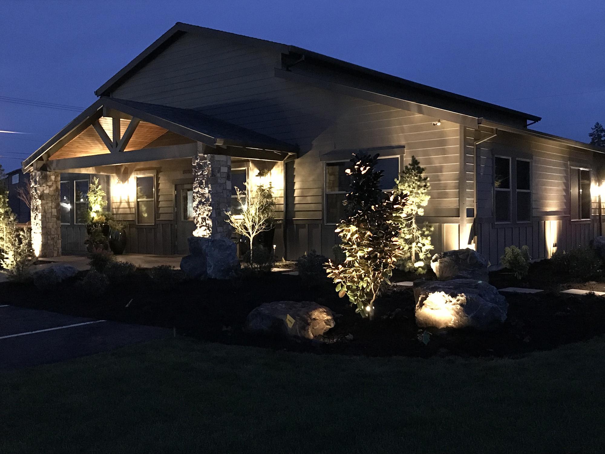 lighting all oregon landscaping