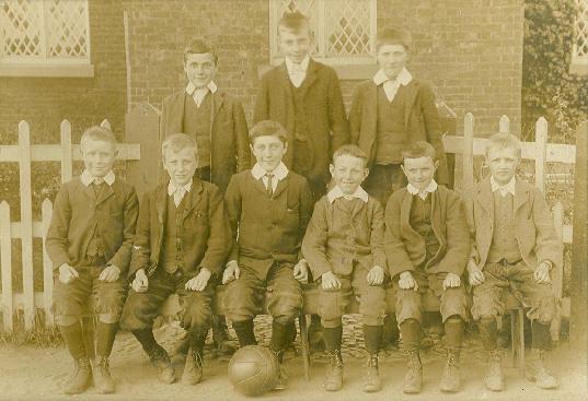 Football Team 1898 1900