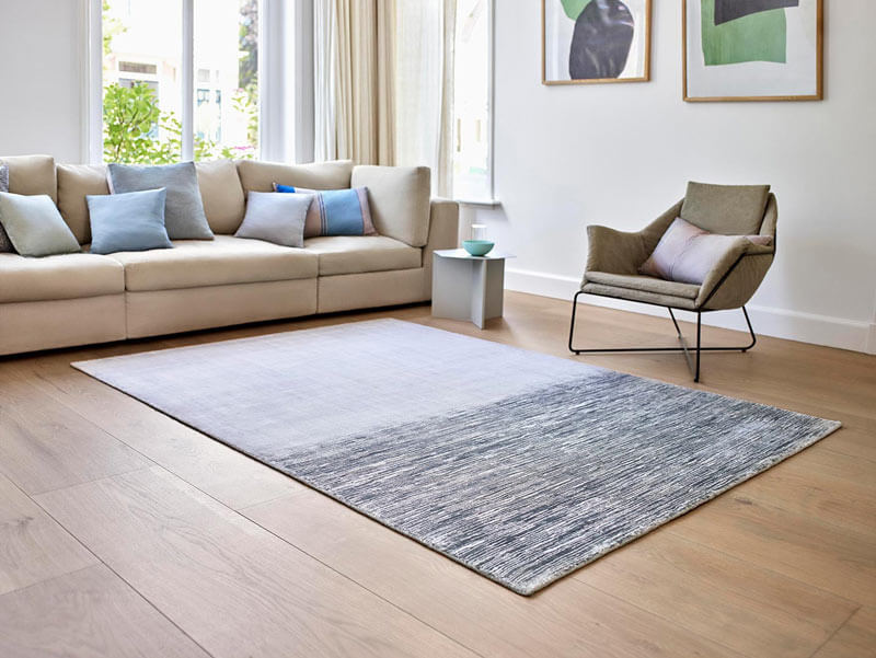 tapis de salon rayé