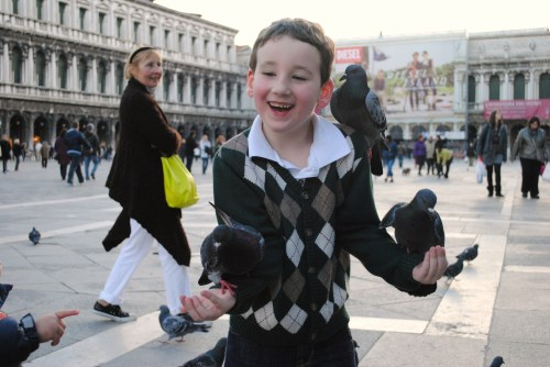 Feeding the birds in Piazza San Marco (c) 2011 Jane Hoeffner