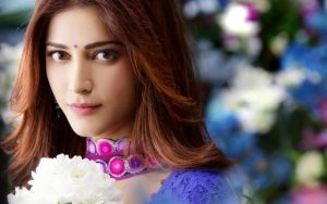 Shruti Hassan Close Up Indian Celebrity Photo for Wallpaper