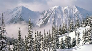 Beautiful Nature Wallpaper Big Size #11 with Snowy Mountains in Winter