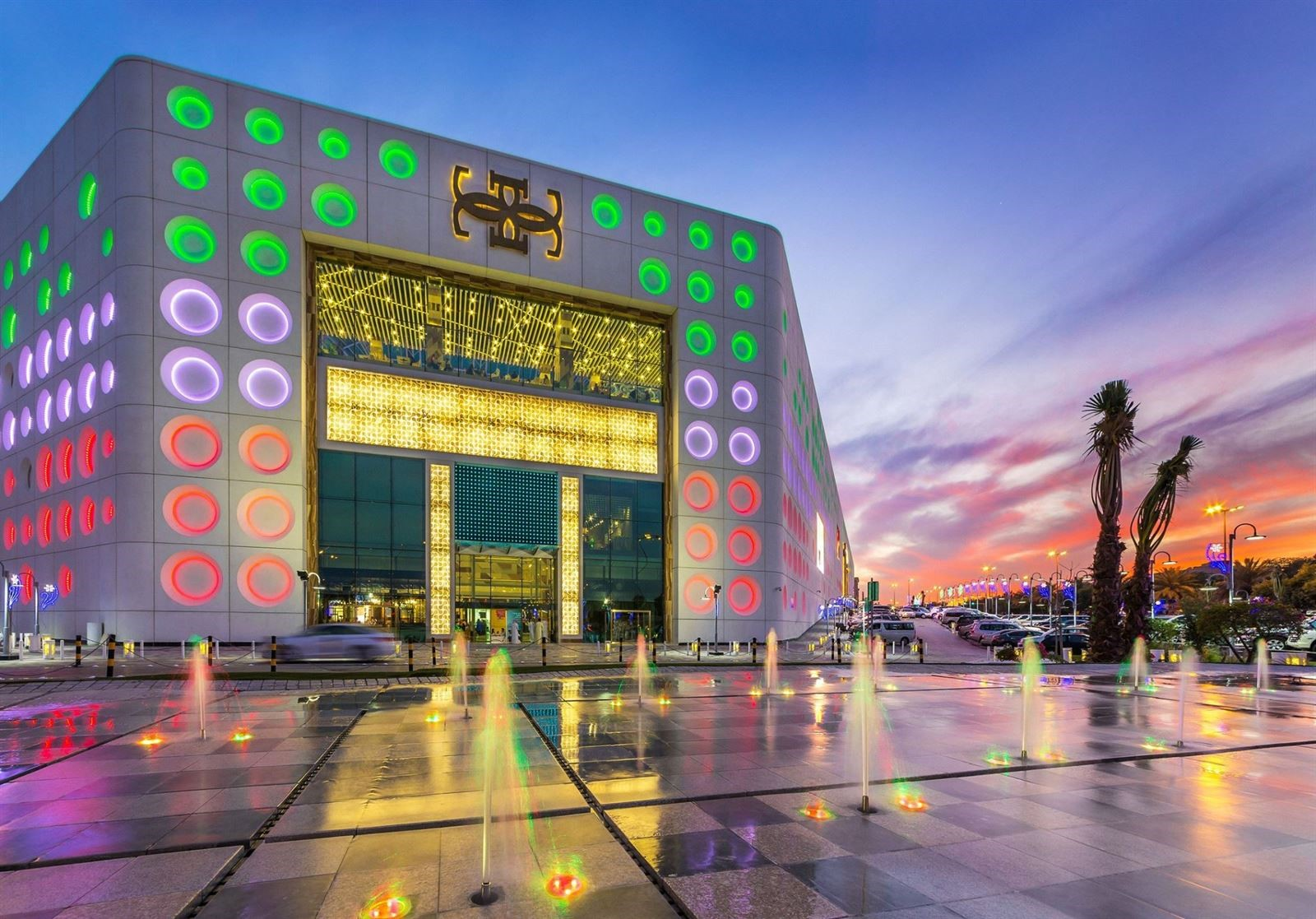 d2b559e0c ذا جيت مول.. أكبر مهرجان تسوق في الكويت   دليل الكويت السياحي