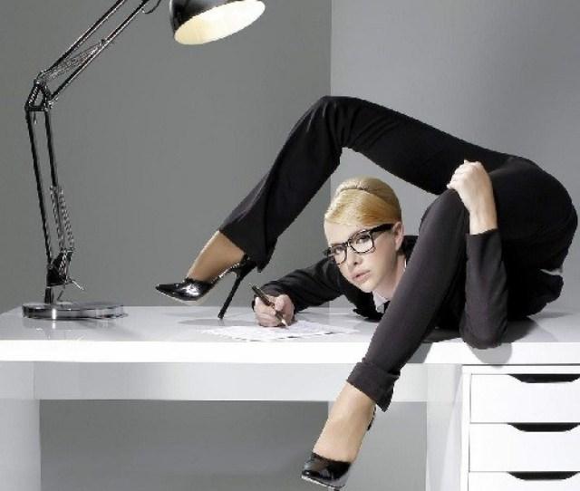 Female Contortionist Zlata