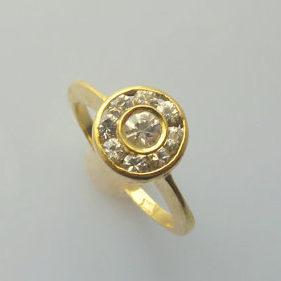 white sapphire yellow gold