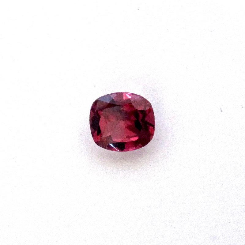 Round Garnet