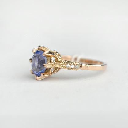 Vintage sapphire ring