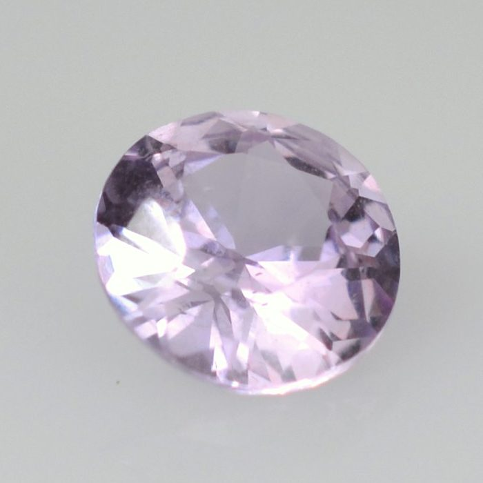 round lavender color sapphire untreated