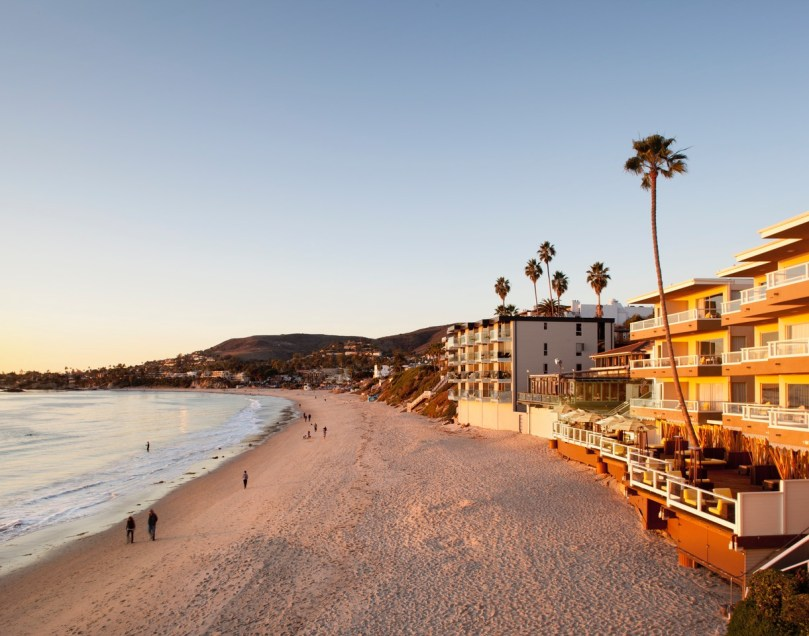 the-deck-laguna-beach
