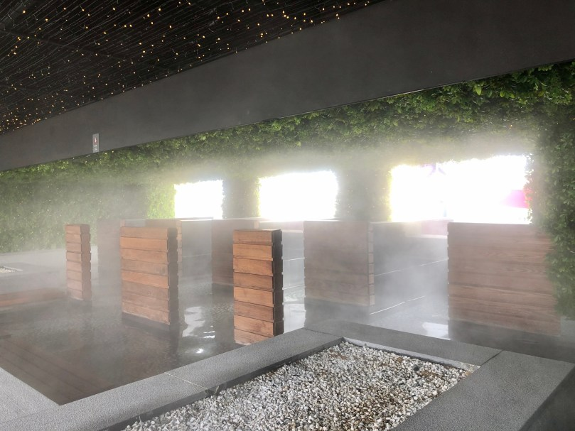 foot spa and rock massage area at Paradise Seoul