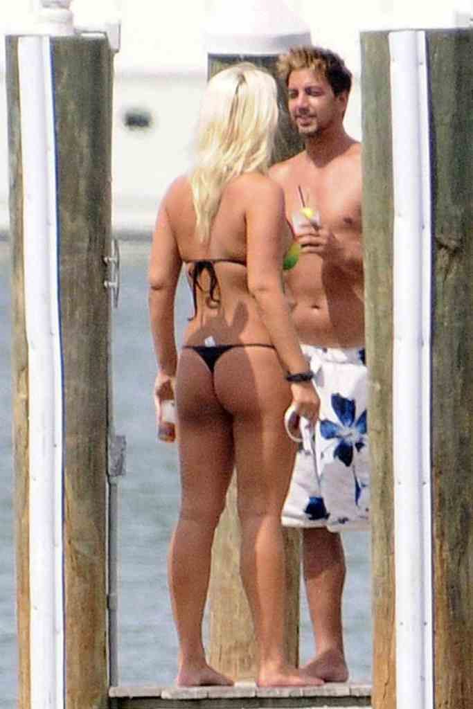 brooke hogan sexy ass photos