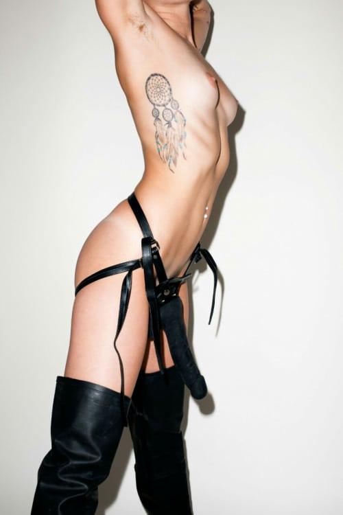 Naked celebs photos