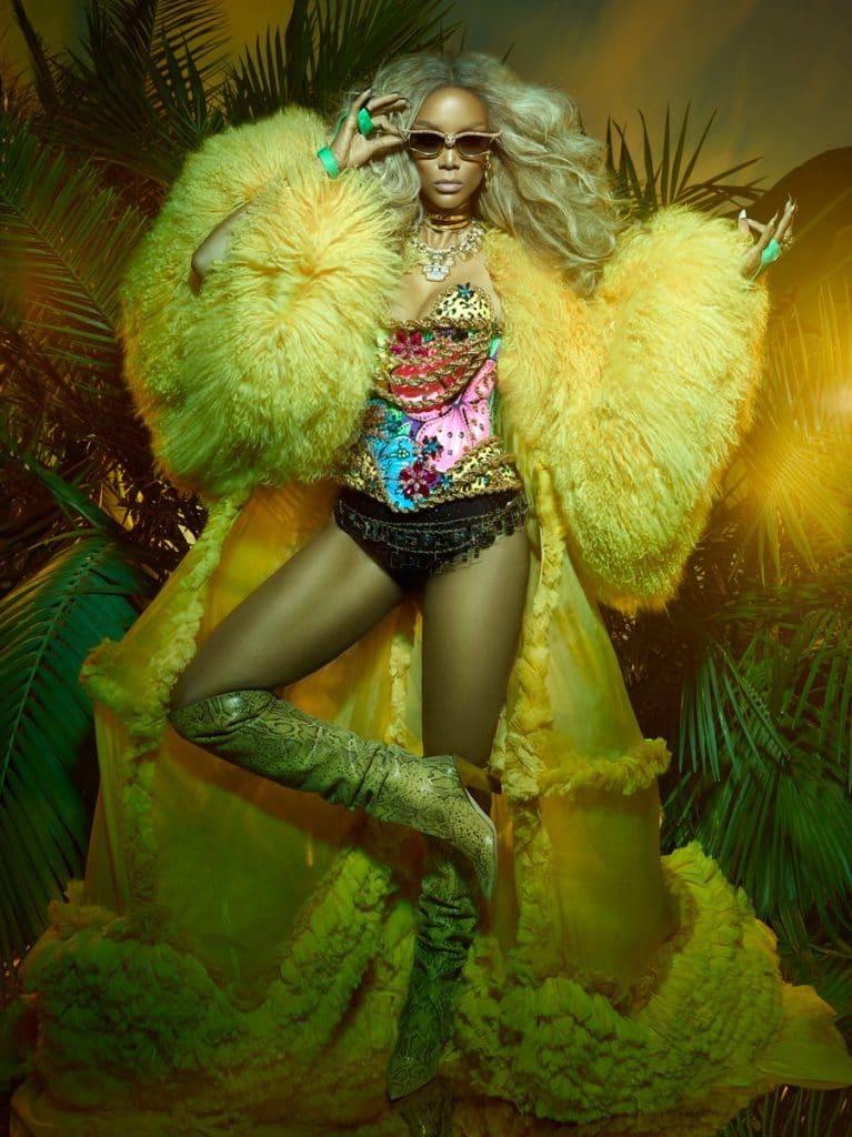 Tyra Banks Paper Magazine Pics