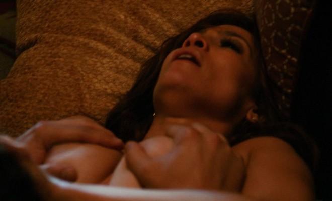Jennifer Lopez boobs