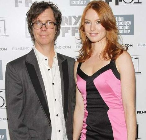 Alicia holding hands of her then boyfriend, Ben Folds