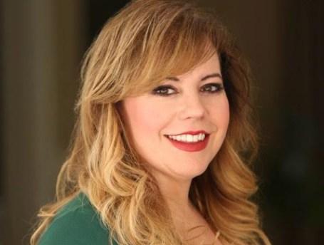 Kirsten Vangsness Wedding Photos.Kirsten Vangsness Biography With Personal Life Married And Affair