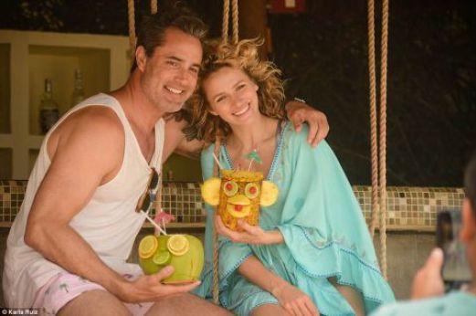 Victor Webster with his girlfriend, Shantel VanSanten
