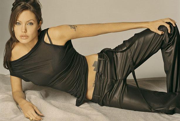 Angelina Jolie Bio Net Worth Height Weight Boyfriend