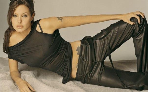 Angelina Jolie Bio, Net Worth, Height, Weight, Boyfriend