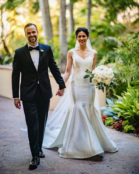 Tracee Carrasco walks down aisle with her husband