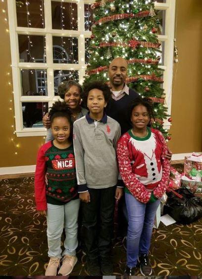 Suzanne Shank with her husband & children