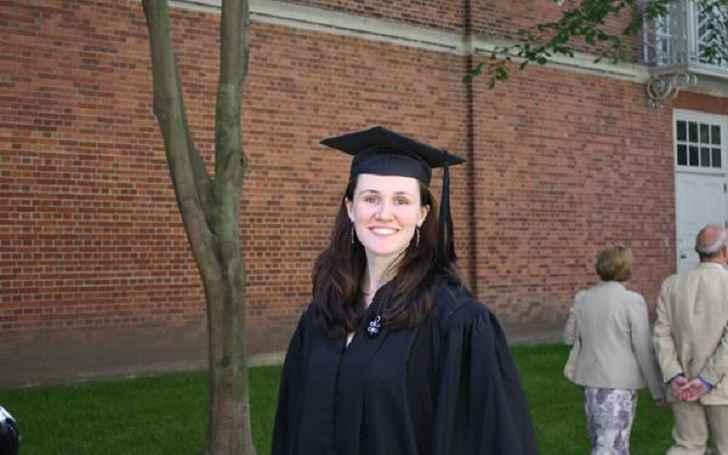 Liz Murray Bio, Wiki, Net Worth, Height, Age, Married, Husband, & Family