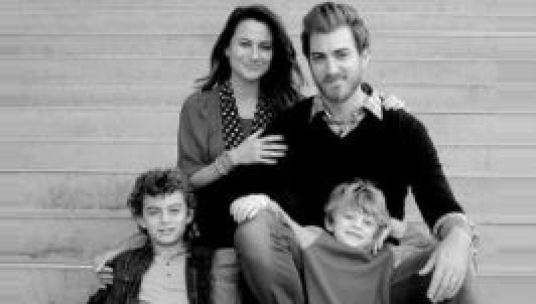 Rhett James with his wife, Jessie and their children