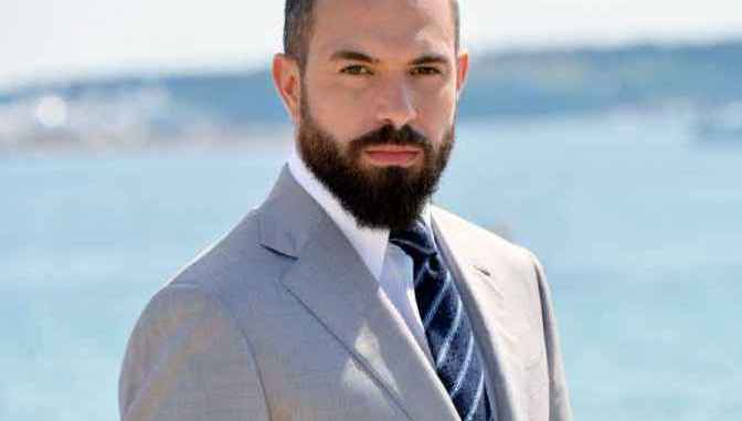 Tom Cullen Bio, Wiki, Net Worth, Height, Age, Married, Wife, & Family