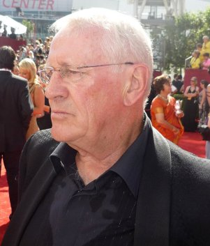 Len Cariou at the Emmys in September 2009.
