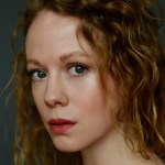 Zoe Boyle Bio, Net Worth, Height, Age, Affairs, Boyfriend & Siblings
