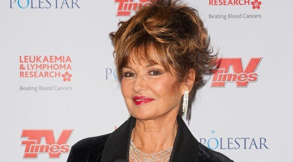 Stephanie Beacham Bio, Wiki, Net Worth, Age, Husband, & Daughter