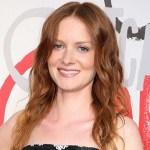 Photo of an actress Wrenn Schmidt