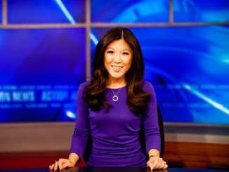 Picture of a reporter Nydia Han