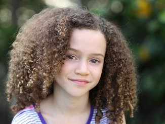 Child actress Chloe Coleman image