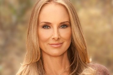 Image of actress and singer Chynna Phillips