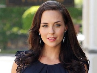 Picture of an actress Tanya van Graan