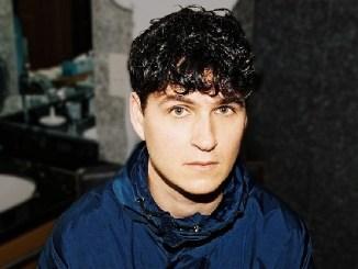 Picture of a singer Ezra Koenig