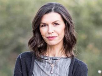 Finola Hughes Net Worth, Age, Husband, Children, Family