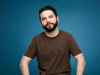 Samm Levine Bio, Wiki, Net Worth, Girlfriend, Married , Age, Salary