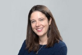 Journalist Ashley Parker photo
