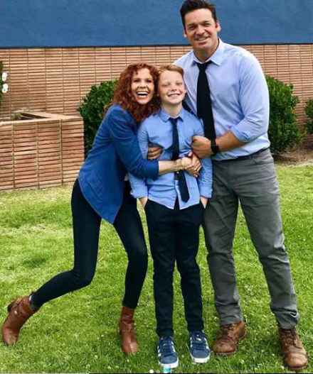 Robyn with her husband and son image