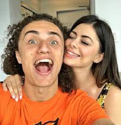 Azra Bajrami is dating a Youtuber Azzyland