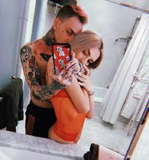 Sydney Carlson ex-boyfriend