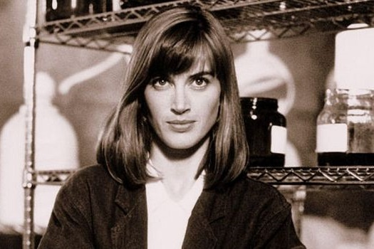Amanda Pays Net Worth, Age, Height, Married, Husband, Children, & Wiki