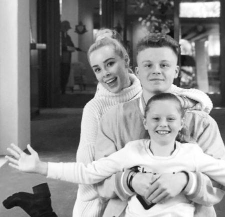 Jaime Bergman with her children.