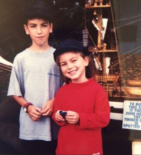 Childhood photo of Charlotte Best with her older brother.