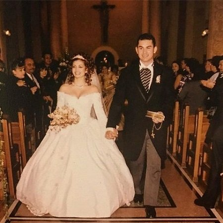 Adrian Gonzalez and Betsy Gonzalez on their wedding