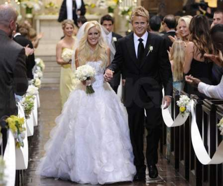 Heidi Pratt and her husband on their wedding day